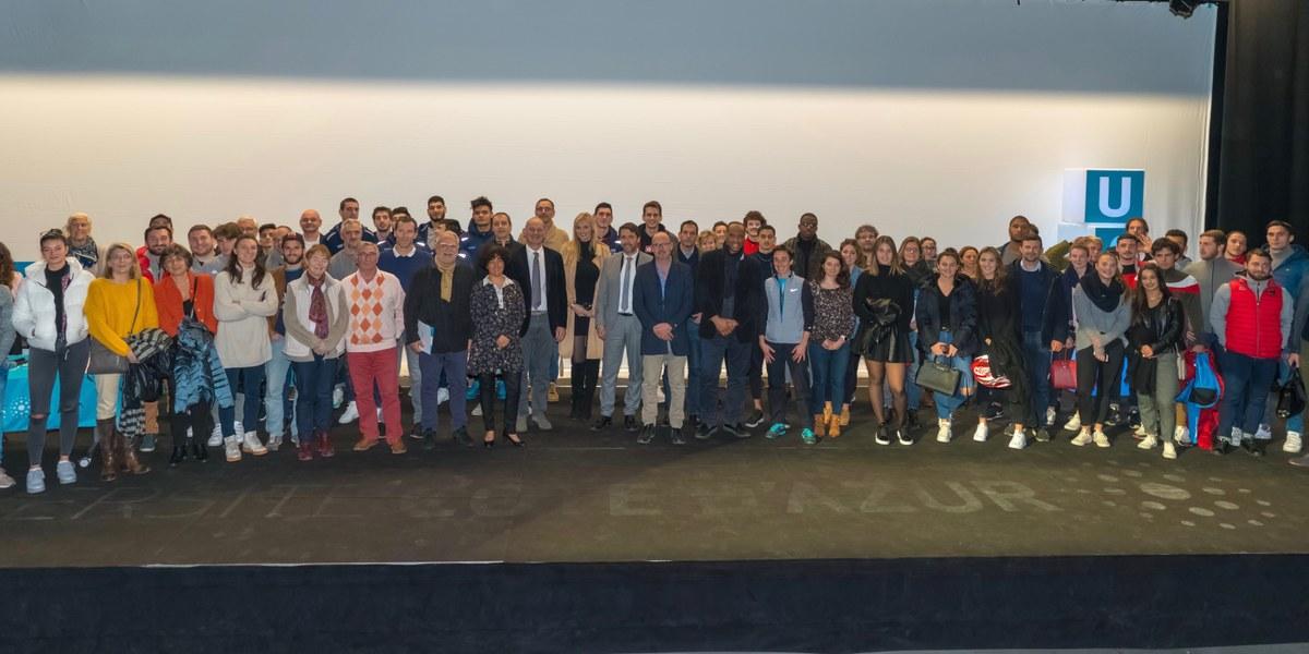 participants de la soirée annuelle des Sportifs et Sportives de Haut Niveau Universitaire